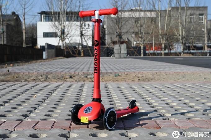 酷骑V1能玩到10岁的滑板车,让孩子安心玩耍
