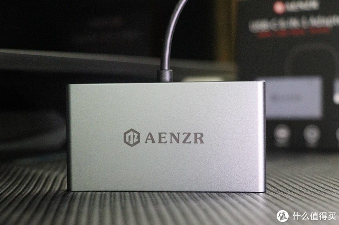 MAC笔记本的接口补充神器-AENZR 六合一Type-C拓展坞