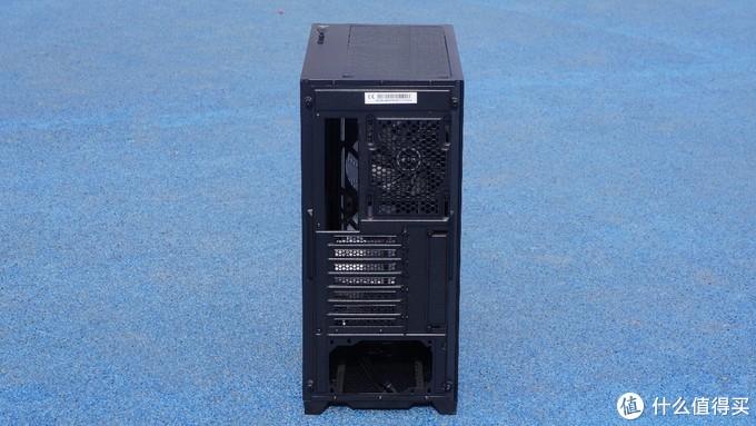 机箱界的课代表,送风扇、HUB的安钛克风行者 DF700 Flux中塔机箱