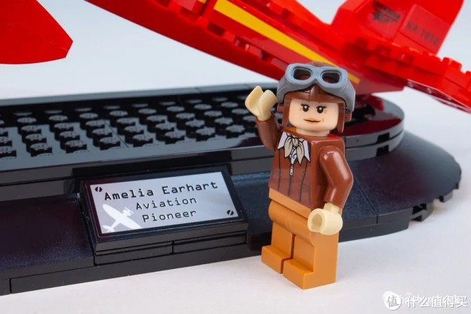 乐高赠品套装40450致敬阿梅莉亚·埃尔哈特开箱评测