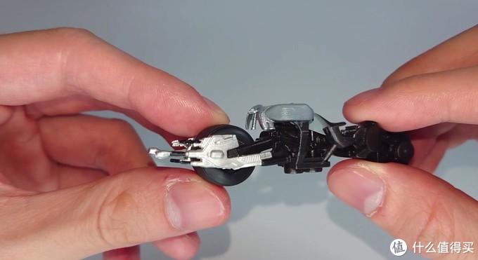 『一杯咖啡钱的快乐』TOMY诺兰版蝙蝠摩托模型,有型就完事了