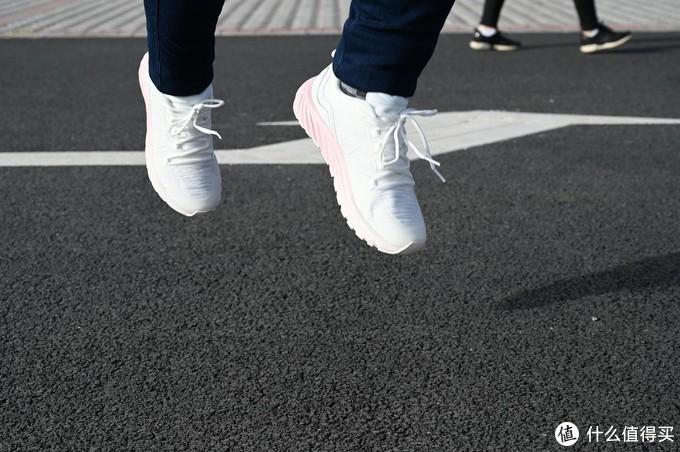舒适长跑,科学健身,咕咚智能跑鞋10K体验