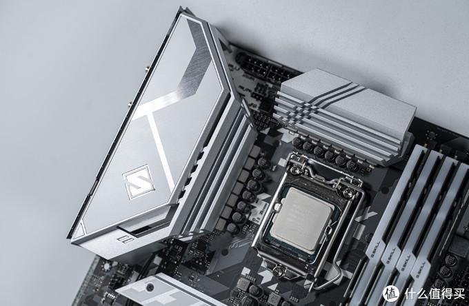 变相加量?华擎Z590钢铁传奇WIFI 6E上手简测