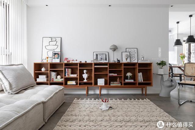 130㎡的家,装修虽然简单,却有藏不住的高级感,留白设计太美了