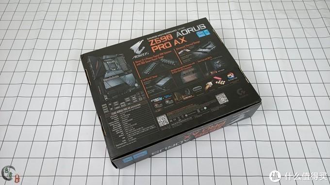 为11代酷睿而生,技嘉Z590小雕PRO主板装机,超频体验!海量的PCIe 4.0接口有些吓人