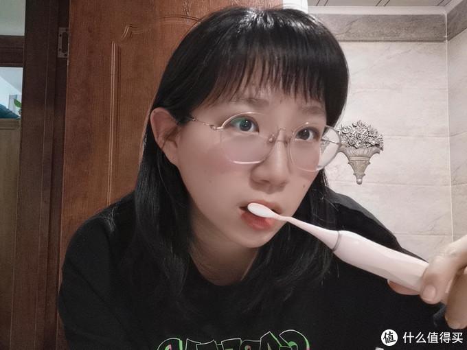 洁净只是表面,不伤牙才是根本,扉乐电动牙刷不伤牙评测体验