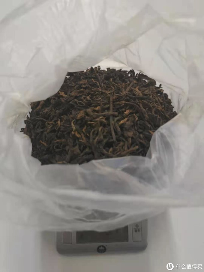 """办公室喝熟普洱的女汉纸 """"喝茶""""是社畜的续命良药"""