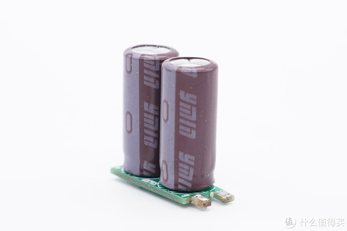 拆解报告:Benks邦克仕65W 1A1C氮化镓快充充电器PA45