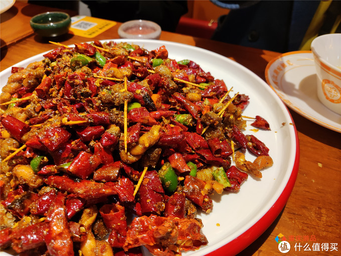 重庆九街的米线馆子还有江湖菜?重新装修,但味道却大不如前?