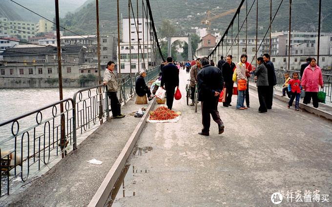 成都之旅最后一站:茂县街头拍下照片,十几年后被拍者找上了门