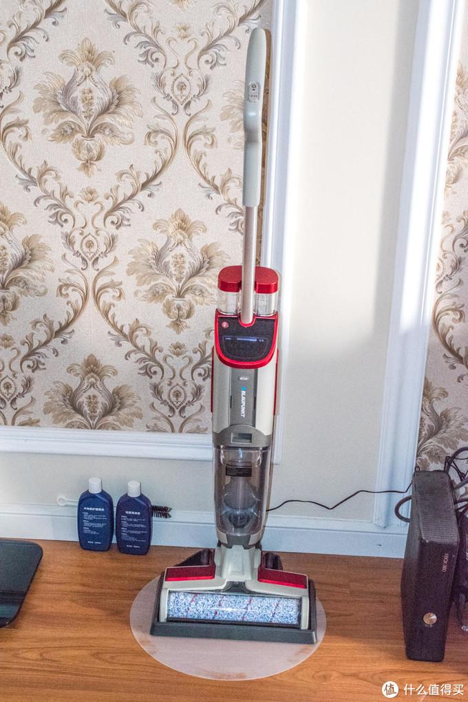 高效清洁不脏手-蓝宝 伊斯 无线智能洗地机 评测体验