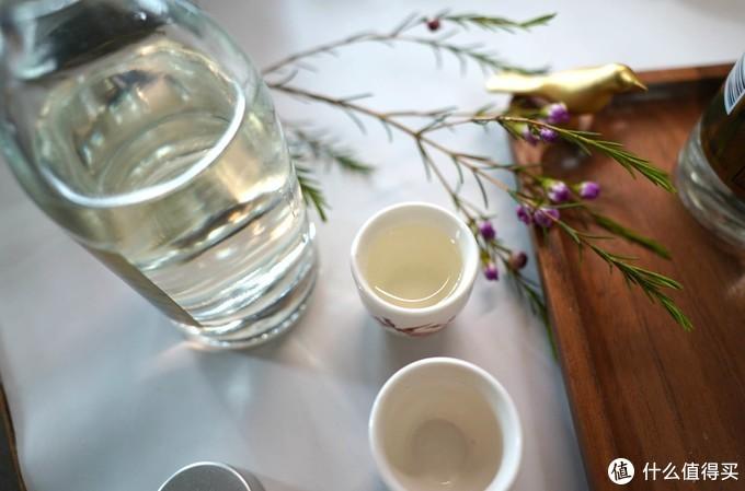 绿蚁新醅酒,红泥小火炉,三两53度小瓶酒分享