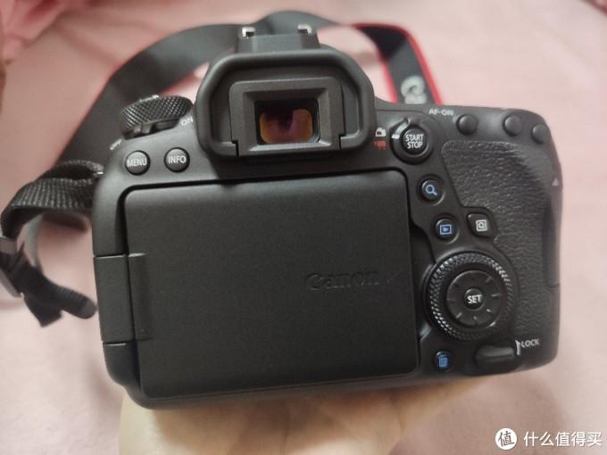 全画幅单反佳能6d2+佳能50mm小痰盂镜头+卡色uv镜+闪迪64g卡