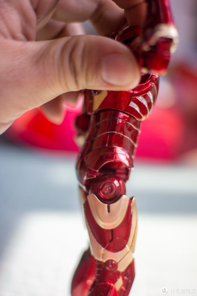 惊艳无比的国货之光-中动MK3钢铁侠人偶