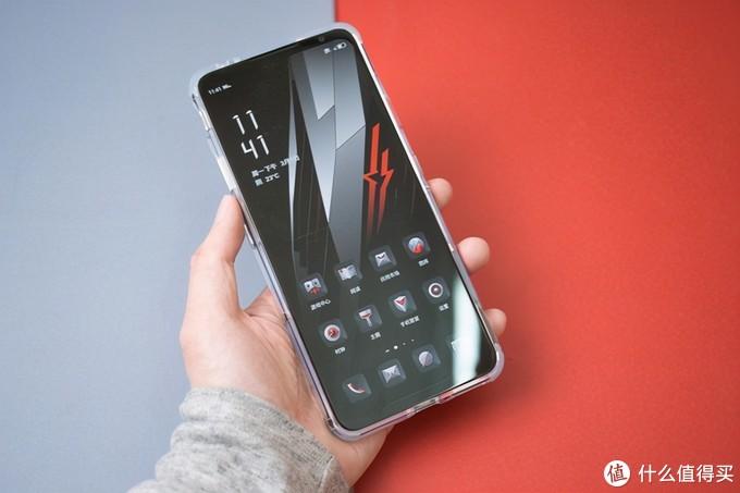 165Hz高刷上分神器,腾讯红魔游戏手机6游戏首发评测