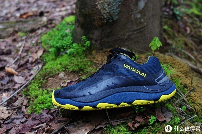 从灵敏反馈到舒适保护,各级类型越野跑鞋亲身推荐