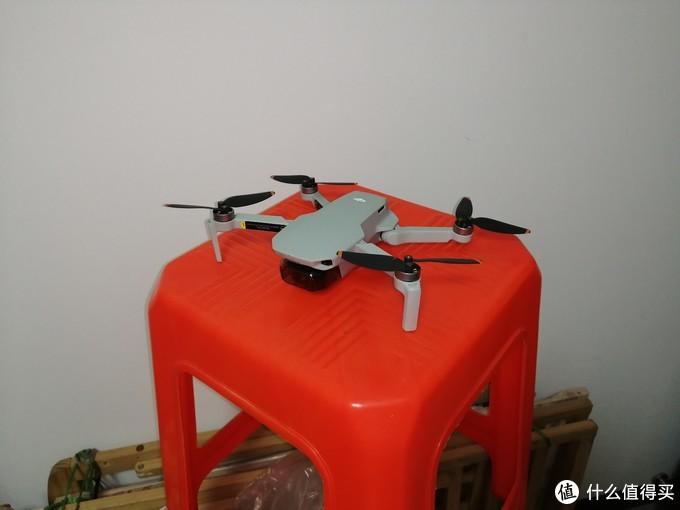 我的第一台无人机 大疆 御 mini 2