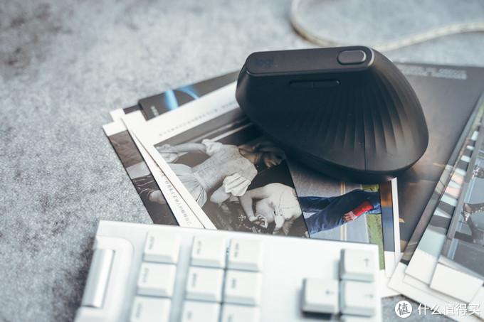 罗技MX垂直鼠标体验:减轻手腕负担,重度办公达人更适合
