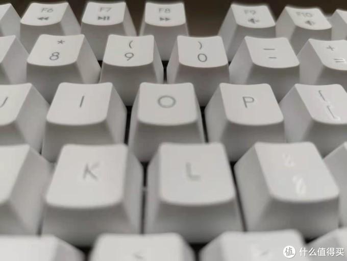 桌面改造计划(二)——罗技 吾皇万睡 联名机械键盘