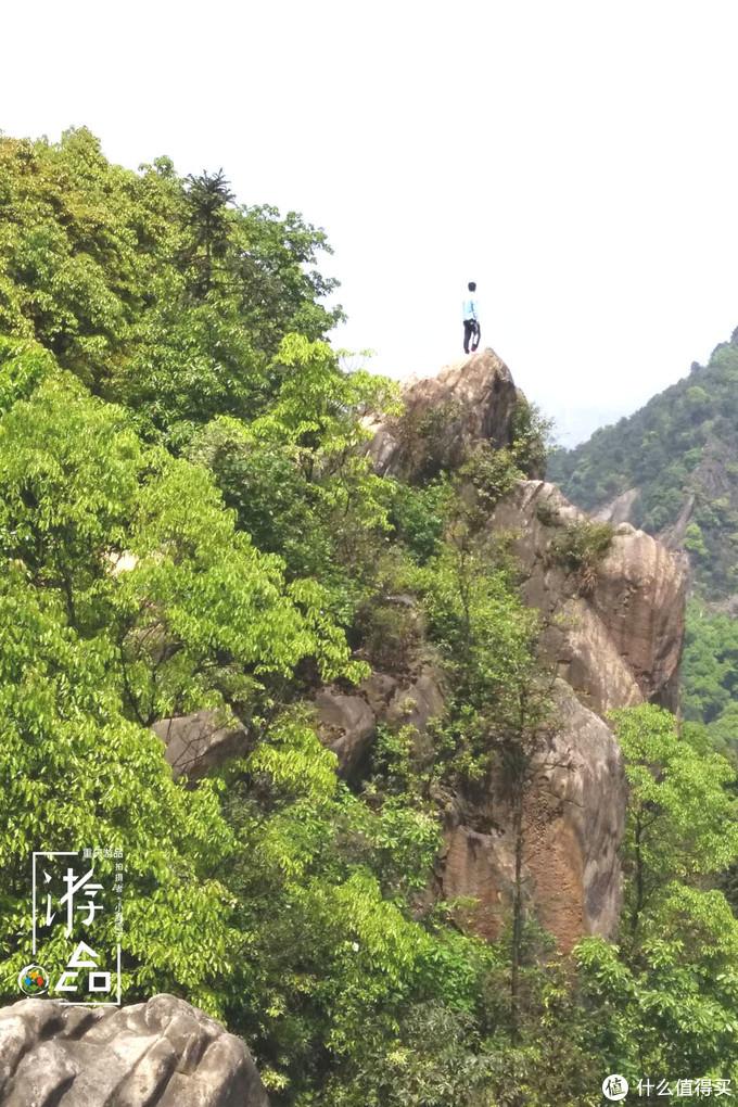 五一去哪儿玩?重庆洪崖洞太挤,不如去会会工商大学的龙脊山
