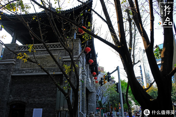 """它是曾经的重庆南岸""""五渡口"""",变成老街之后,新生还是毁灭?"""