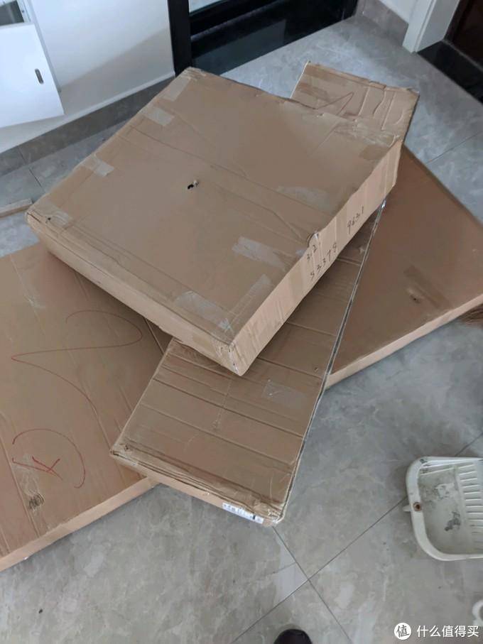 一共是三个包装,包装还是非常用心的填充特别多。