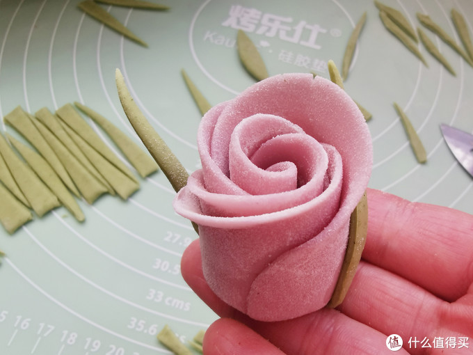三八女王节,手把手教你做玫瑰花馒头,仪式感满满,好看又好吃!