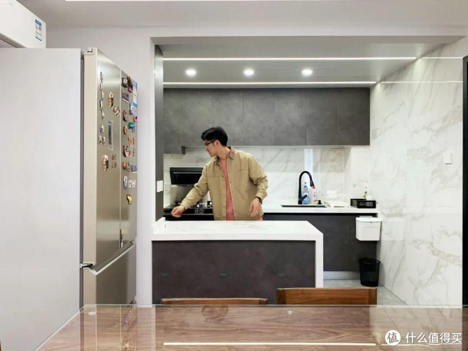 三居改两居Again|10m通透厅、开放厨房、大玄关,这个改造一举三得