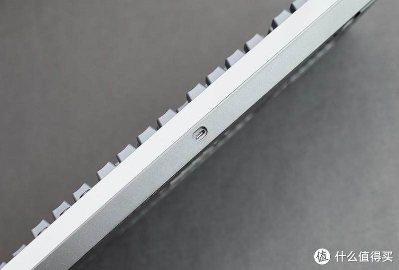 好用不贵,极具性价比—Tt G521飞行家三模机械键盘