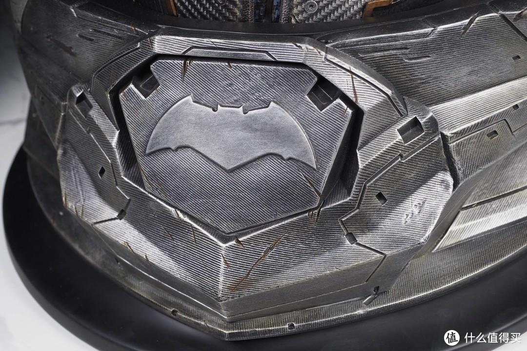 """玩模总动员:""""钞能力""""拥有者 开天工作室 1/1 本·阿弗莱克版蝙蝠侠半身像"""