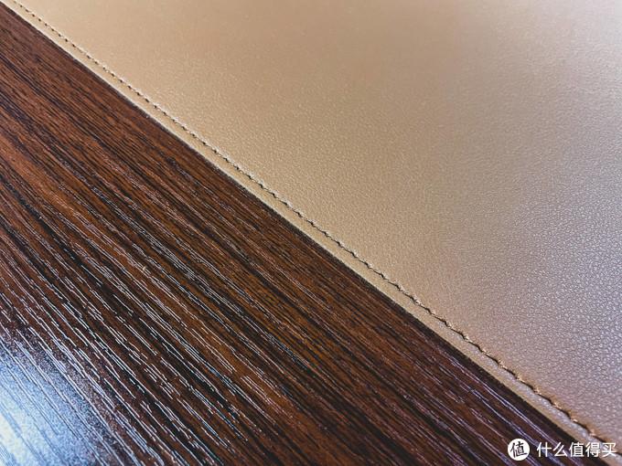「桌面升级计划」用这款好用的皮质桌垫为办公赋能