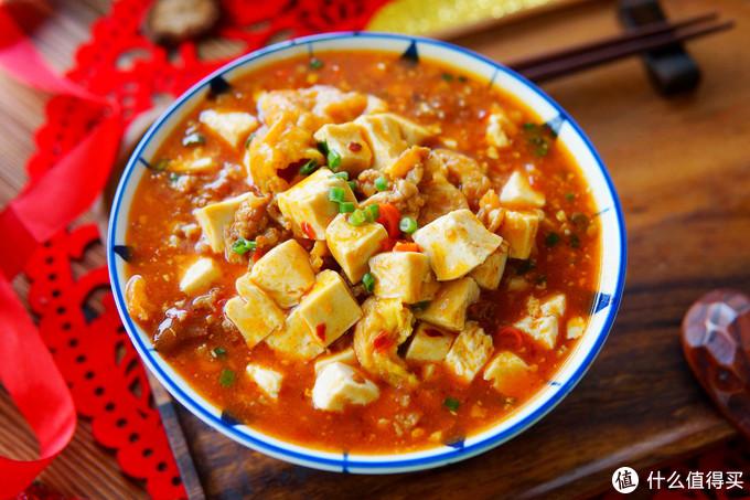 豆腐和鸡蛋这吃法过瘾,热腾腾烩一碗,汤汁都能吃干净