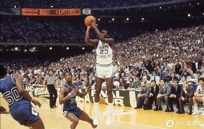 Converse Pro Leather,见证了乔丹整个篮球生涯第一个重要绝杀