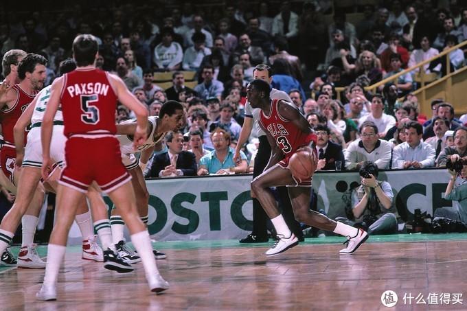 史上最成功的个人标志,Air Jordan「Jump Man」背后的故事