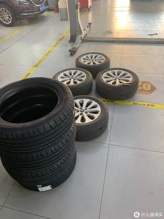 MC5轮胎和原厂固特异轮胎对比