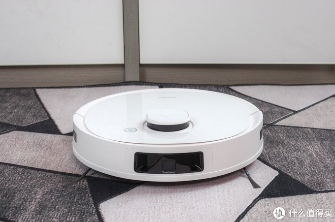 3D探测避障、3D户型图——全面升级的科沃斯地宝T9扫地机器人