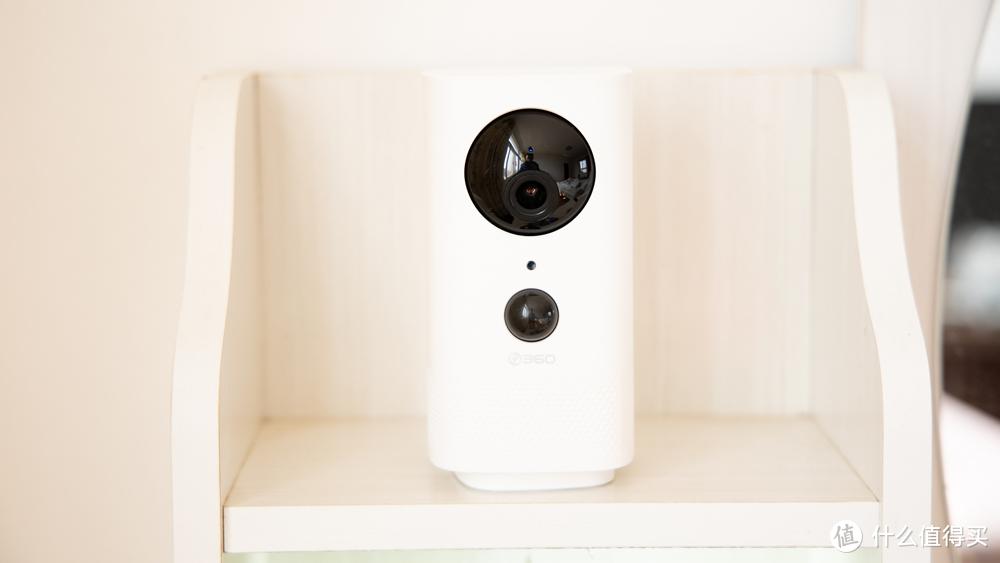 首创!360推出不插电也能监控的摄像机,360摄像机云台电池版来了
