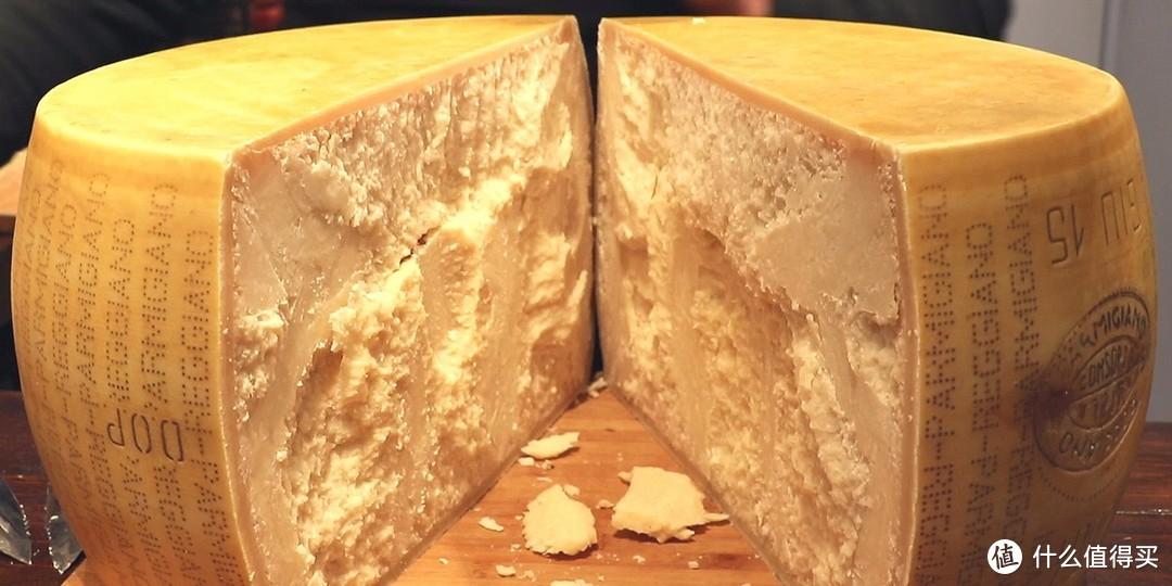 吃出幸福感,芝士控必备:常见奶酪品种选购及食用指南(附商品推荐,建议收藏)