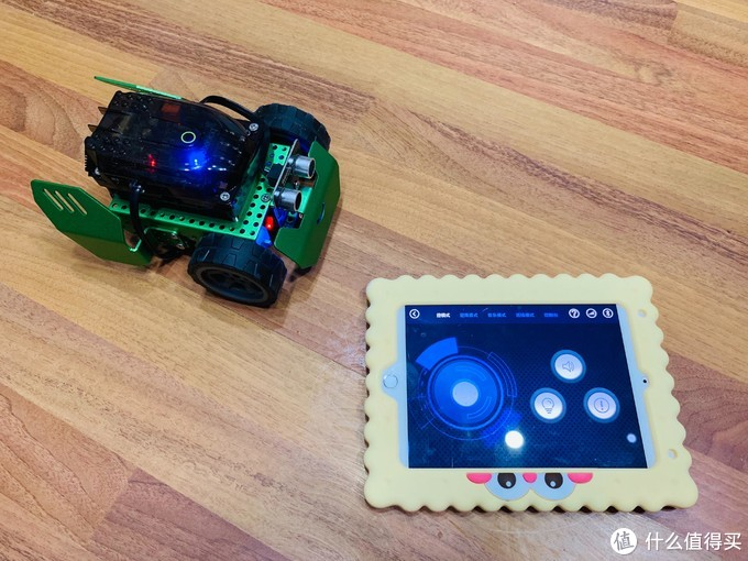 还在愁如何培养6-12岁孩子的编程思维?推荐这款编程思维的启蒙玩具: 魔洛克编程机器人