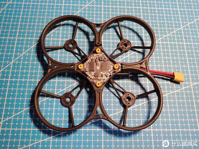 采用 ET85 机架组装小微型圈圈机 FPV 穿越机经验分享