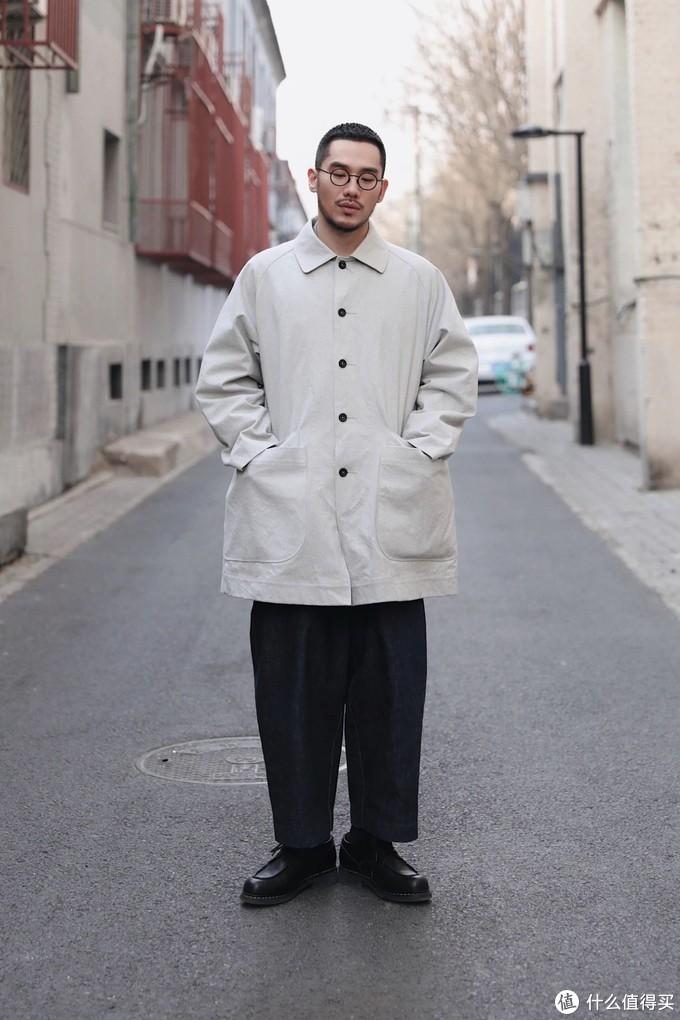专访5位时尚生活达人,春暖花开之际怎么能少得了一件帅气的风衣?