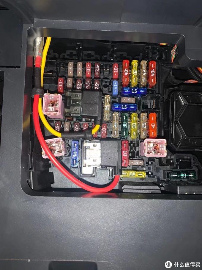 给行车记录仪外接一块电池,Cellink Neo入手体验