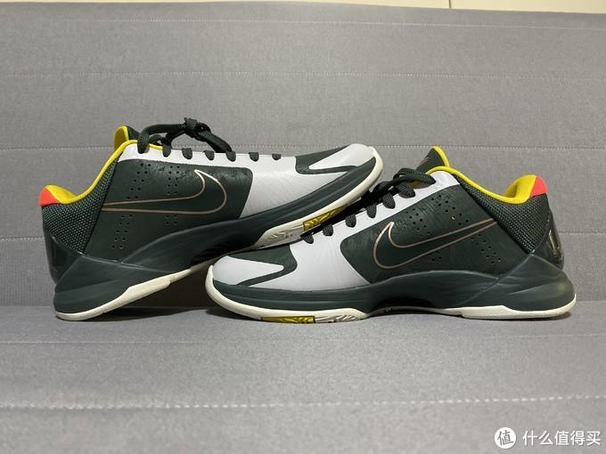 成年人的快乐Nike Zoom Kobe V Protro EYBL