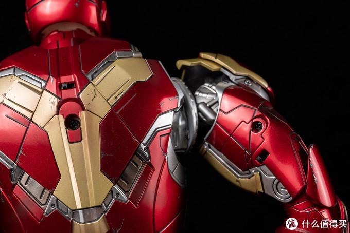 女王大人送的Hot Toys Mark43 1/6 钢铁侠模型