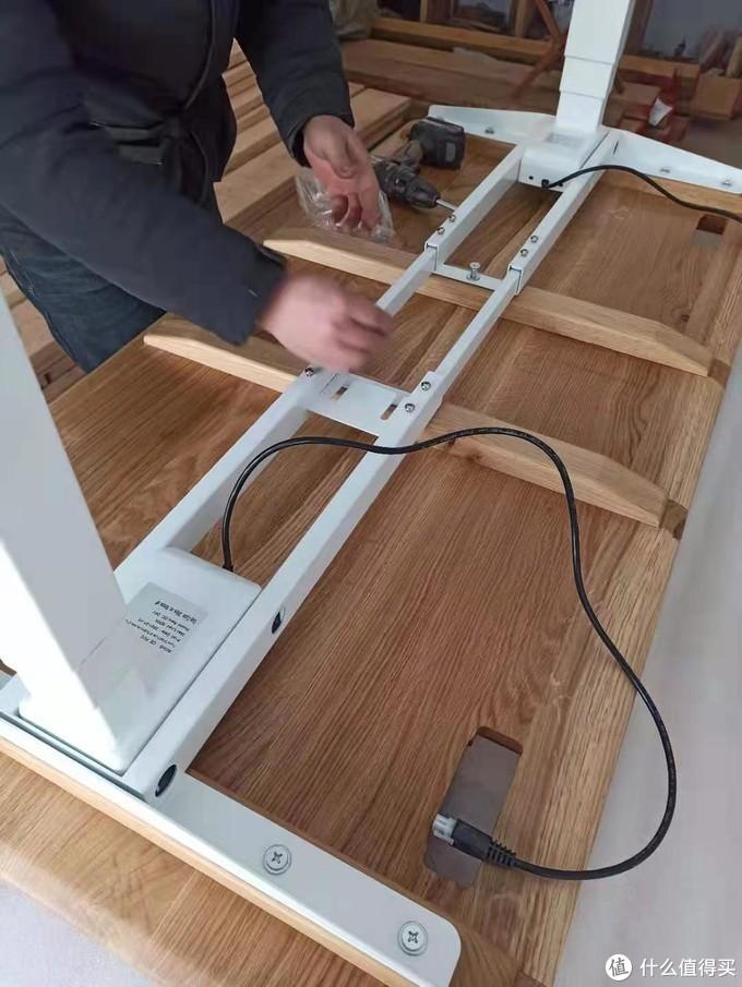 木蜡油实木桌面加燕尾榫穿带--给孩子DIY电动升降桌过程