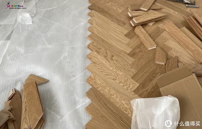 ▲人字拼木地板
