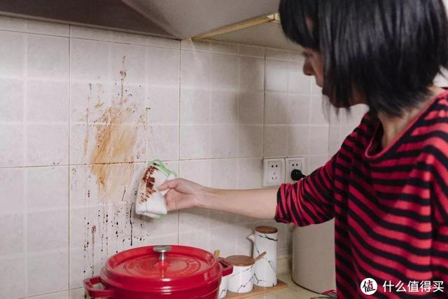 判断一个女人是否爱干净,观察家里的4个地方就够了,对比下看看