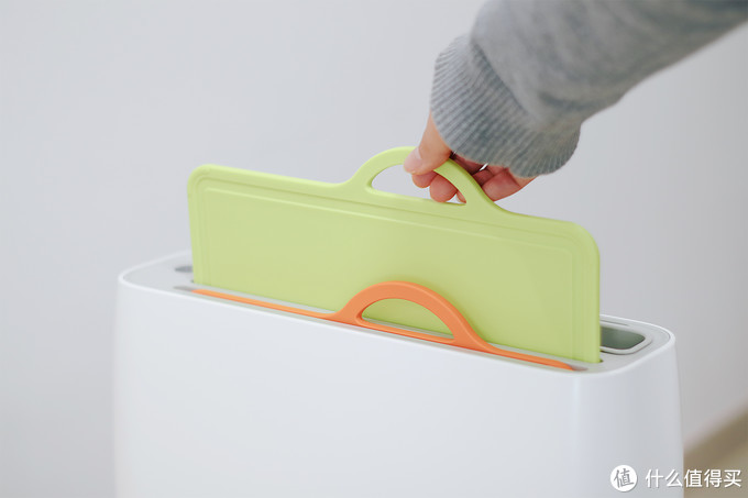 可能是我见过最智能的厨具消杀收纳工具,来自米家生态的FIVE智能刀筷砧板架体验