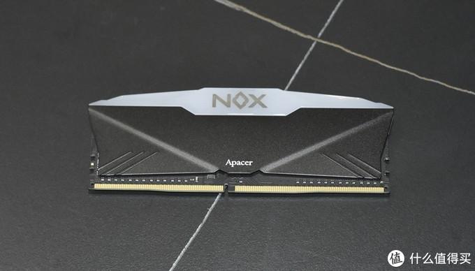Apacer 宇瞻 NOX 暗黑女神 RGB DDR4 3600 台式机内存条图赏