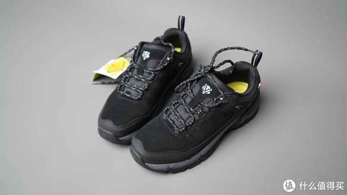 还穿运动鞋爬山?看看专业的户外徒步鞋吧!